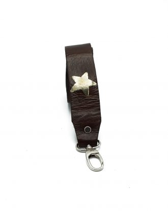 Bagstrap brown stars & studs front